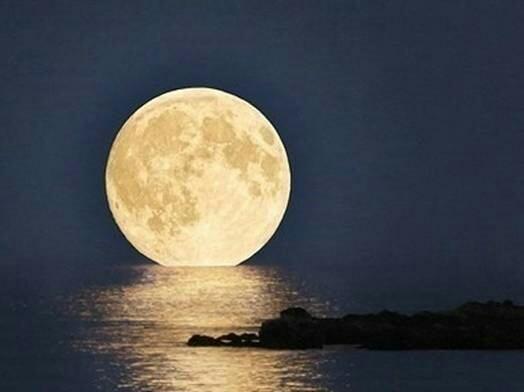 我的微杂志 :《八百里路·云和月》一一乡愁!(副本)