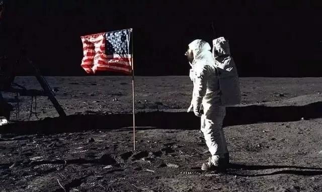 [长景] 假如你在太空上……