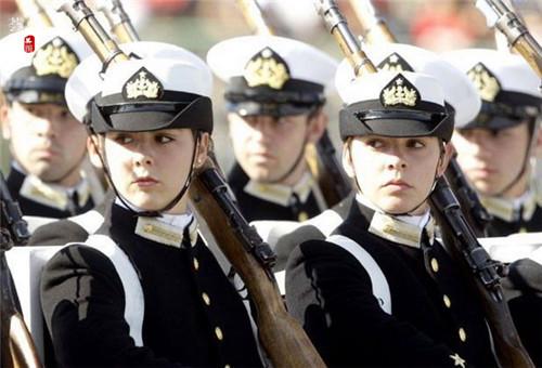 全球佳丽云集  女兵 警花 新娘 空姐 各国美女全方位大比拼 群芳竞秀 各领风骚