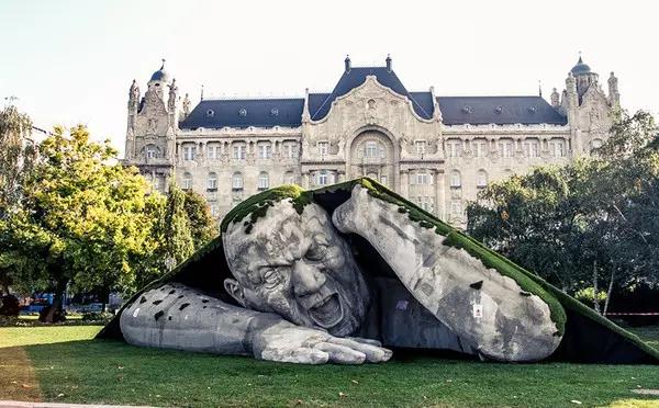 各个国家地标性的 超创意雕像 你见过几个