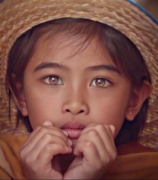 世界上最美的风景也比不上孩子们澄澈的眼睛