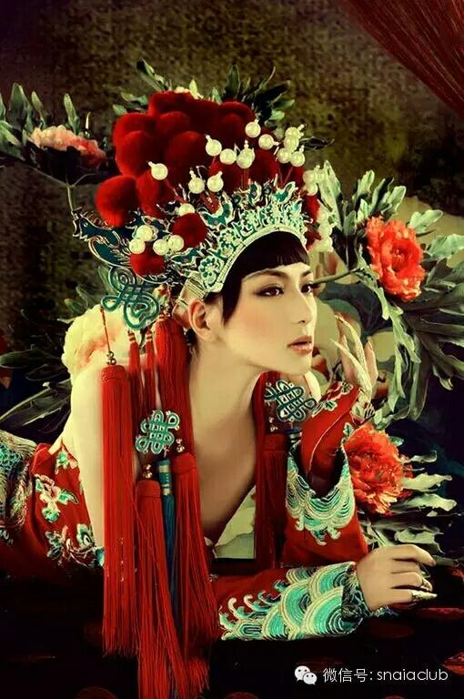 唯 美 中 国 红   千 年 流 传 的 极 致 惊 艳