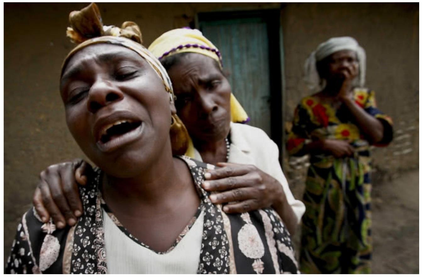 她19岁    成性奴      父母    6个兄弟    全被杀!   竟获    诺贝尔奖    堪称奇迹!
