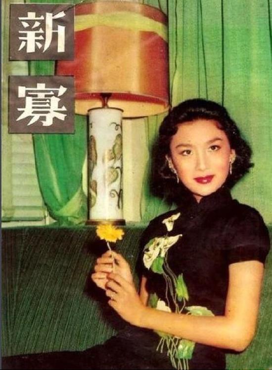 夏  梦    :     一个     让金庸     痴迷一生     的女人    .