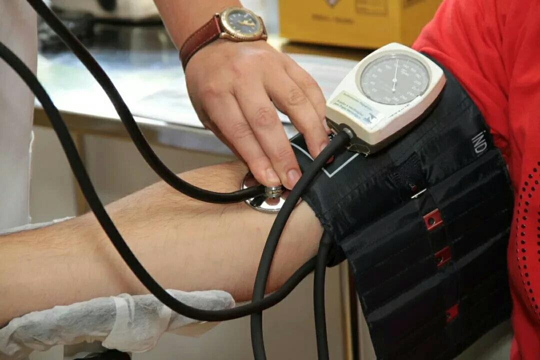 """【健康】都错了!高血压的罪魁祸首不是盐,而是""""它""""…"""