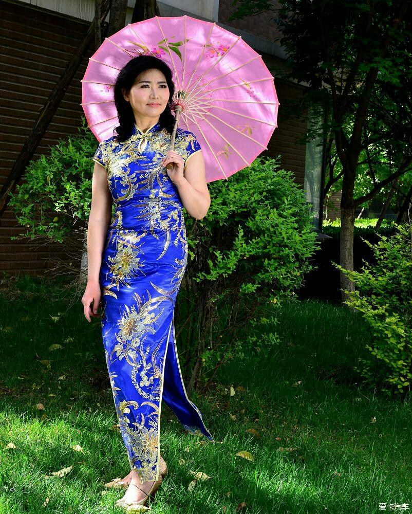 色喜美女摸特人休艺术摄_艺术 中国旗袍&美女惊艳动人,摄人.