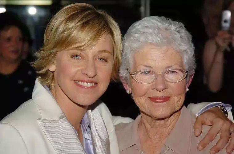 60岁生日众星送祝福 她是永远的脱口秀女王