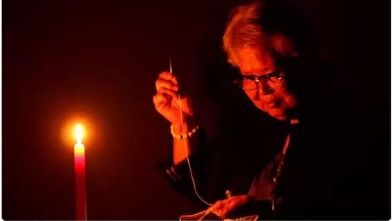 最全版本《烛光里的妈妈》 祝福天下母亲!
