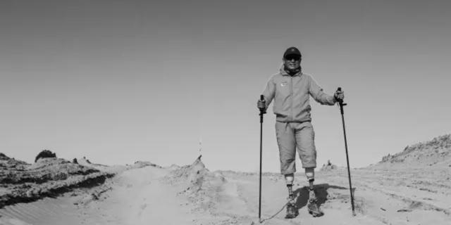 截肢、癌症、地震雪崩 逐梦43年 69岁无腿老人成功登顶珠峰!