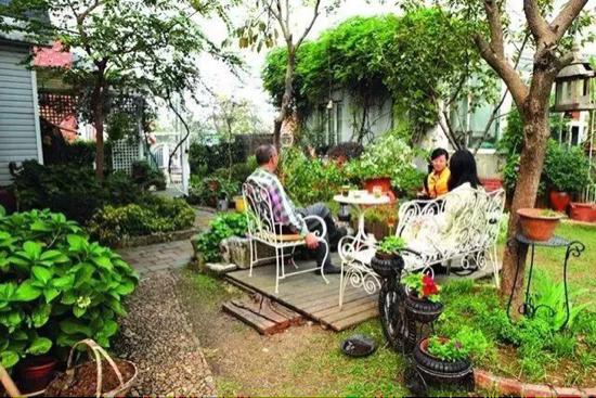 一个安徽 女教师  把莫奈花园 搬到了 中国  简直美如 仙境