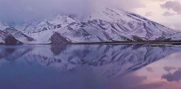 他在中国西部 消失30年 拍出了世界上 最恐怖神奇瑰丽的美景
