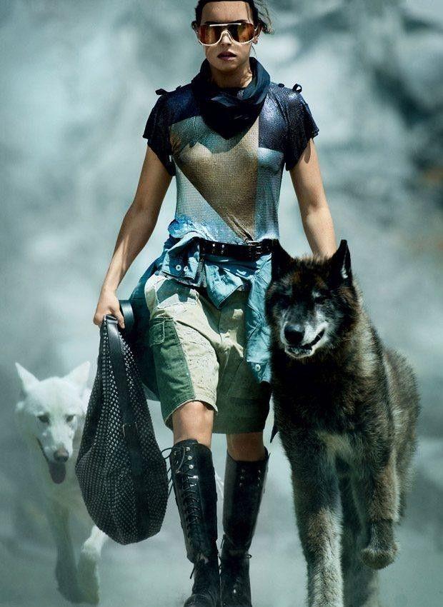 美女与野兽的瞬间……