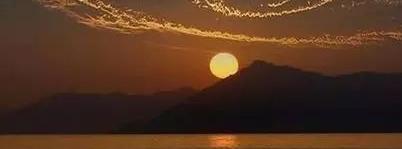 海上生明月,中秋共此时 又是一年圆月时 (美文)