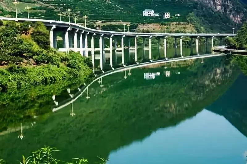 惊艳全球中国公路 太!美!太!震!撼