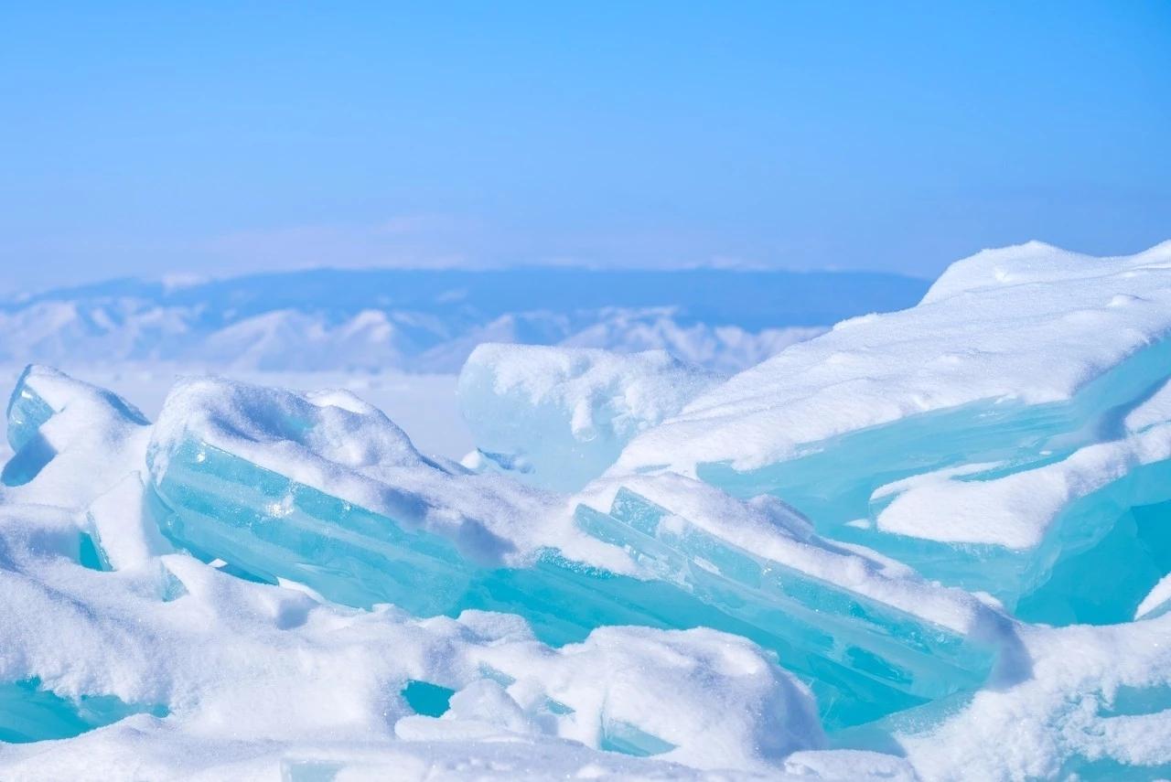 去看一看李健歌中的贝加尔湖,冬天的模样