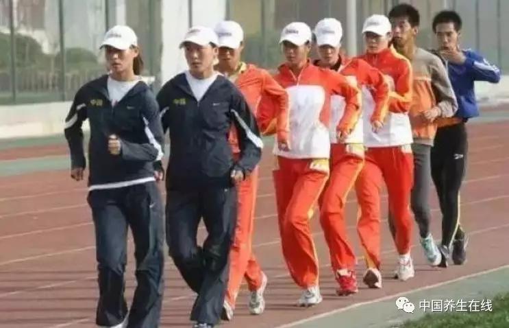 中国 有几千万人 每天 假装养生 其实 越养越病