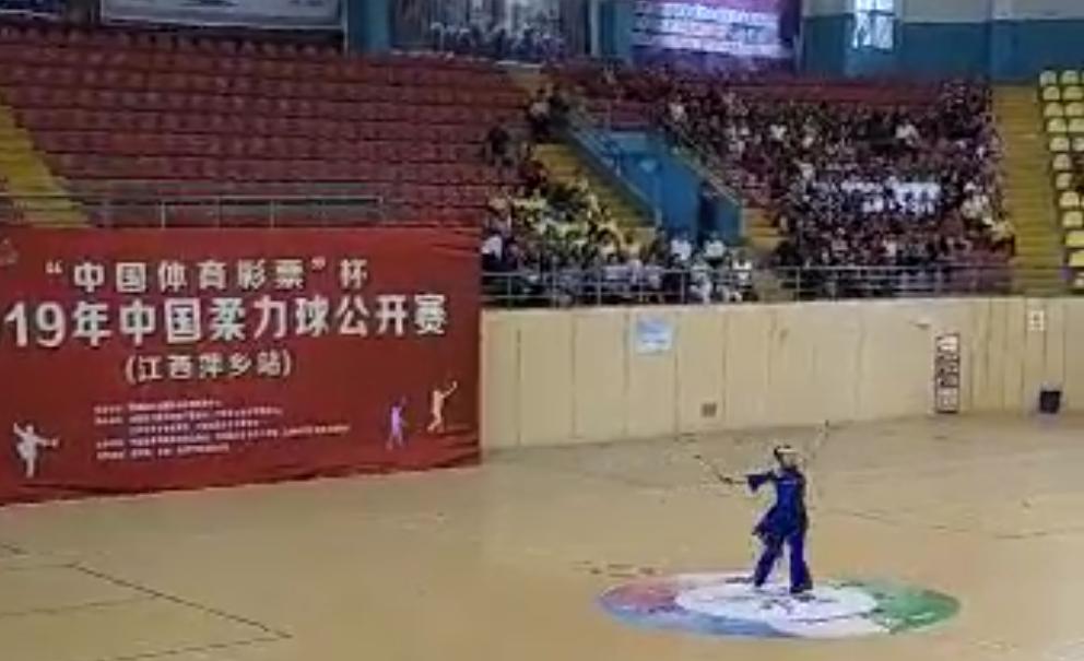 柔力球舞蹈《茉莉花》