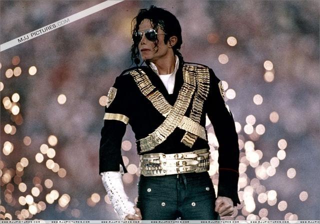 迈克尔-杰克逊60周年