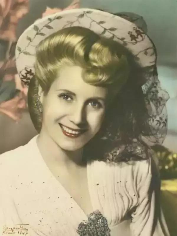 阿根廷第一夫人艾薇塔的传奇人生,阿根廷别为我哭泣!