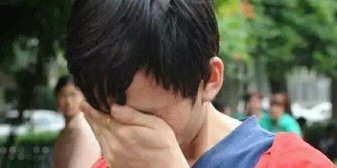 儿子高考688分,母亲却跳河轻生,看到遗书,儿子瞬间泪崩!