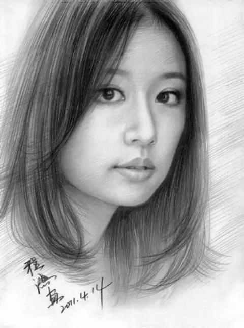 程鸿人物肖像铅笔画欣赏 太逼真了 让人惊讶