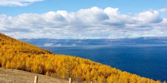 有一种秋天叫 贝加尔湖